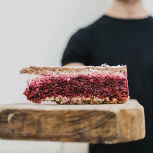 Nyers meggyes torta